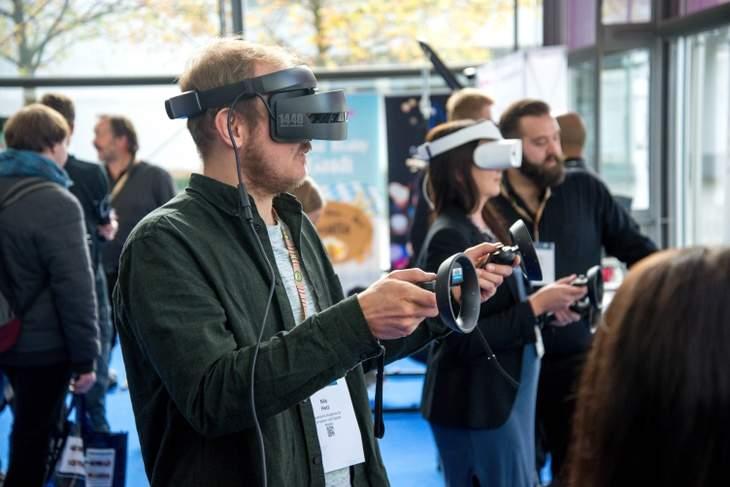 VR Hybrid Events