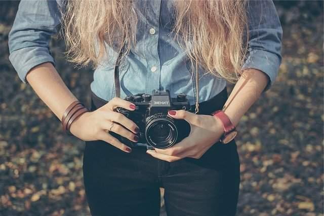Be sturdy enough whereas capturing photos